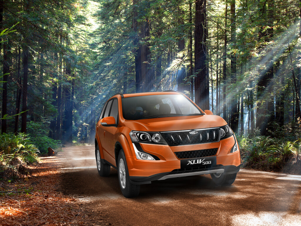 XUV 500 W6 OF MAHINDRA