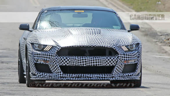 Ford Mustang Spied Testing