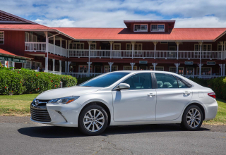 2017 Toyota Camry Features,