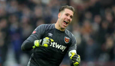 Liverpool Shows Interest in Sunderland Goalkeeper