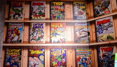 10-year-old boy donates thousands of comic books
