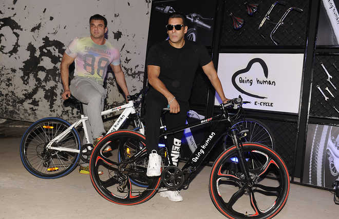 Salman Khan Condemns Racing Motorcycles