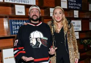 Director Kevin Smith tweets that he suffered 'massive heart attack'