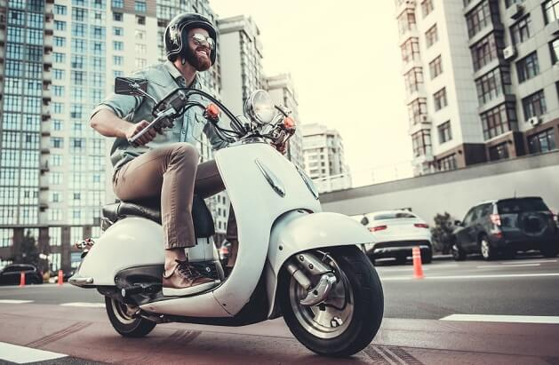5 Reasons Why Scooters are the Best Personal Transport for Urban Areas