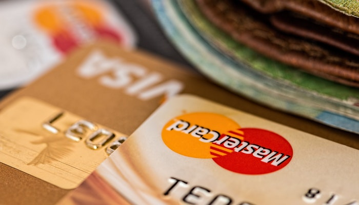 Credit Cards for Collecting Airlines Miles