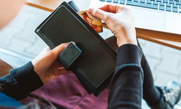 5 Ways to Pay Less Online
