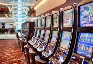 Who Got Extremely Rich by Playing Slots