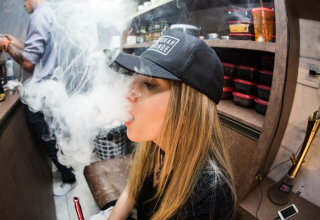 Health Cause Vaping may get Breathing problem in Teenagers