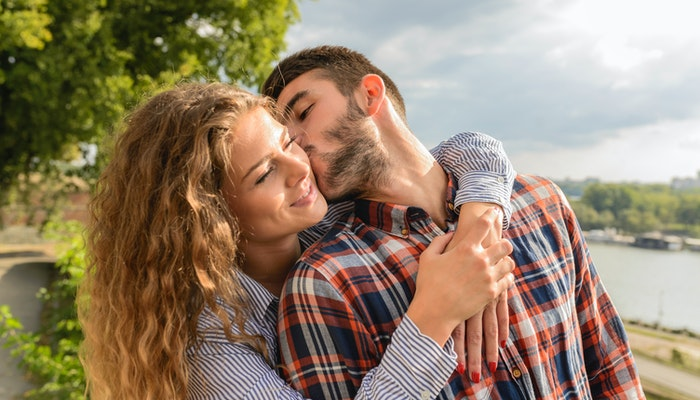 7 Best Ways How to Be a Good Girlfriend