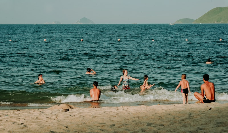How Travelers Can Stay Safe In The Water